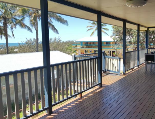 Side verandah